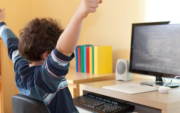 заработать в интернете деньги без вложений школьнику
