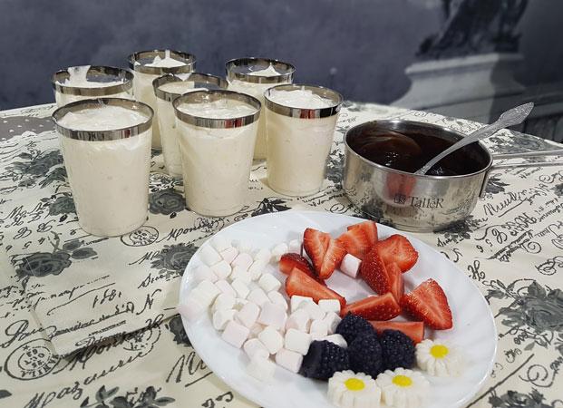 трайфл десерт в стакане
