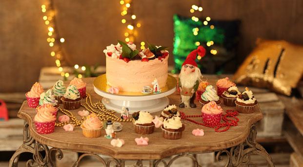"""Нежнейший торт """"Фрезье"""", который тает во рту: пошаговый рецепт"""